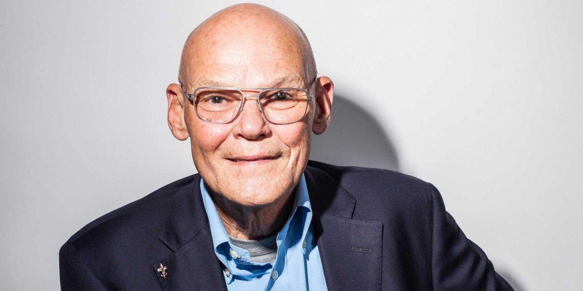 Photo de James Carville avec un hauteur de 187 cm et à l'age de 76 en 2021