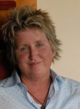 Deborah Scott - speakerbookingagency